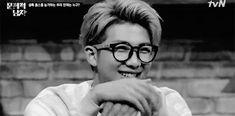 #wattpad #fanfic Donde Yoongi es un asesino serial y Jimin su adorable e inocente compañero de crímenes.              ➵BoyxBoy- Yoonmin.       ➵No adaptaciones.        ➵Capítulos cortos.       ➵Sumiso Jimin.          #526 en Fanfic el 03/11/2016.     #909 en Fanfic el 11/11/2016.     #870 en Fanfic el 12/11/2016.