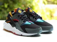 58a1503c Available via more stockists. Nike Air Huarache SD Rainbow… Nike Free  Кроссовки, Обувной
