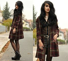 Never getting enough of plaid prints and cozy knits in autumn - see more pictures and details on my blog www.tessadiamondly.blogspot.com --> http://tessadiamondly.blogspot.de/2014/11/outfit-well-whatever-nevermind.html Have an awesome weekend guys!  Love xx  >>>-----> except I prefer to wear a top underneath transparent shirts