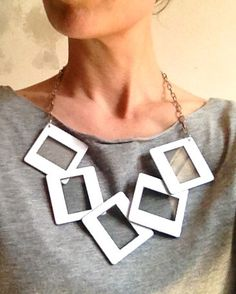 Statement Necklace Frame Original