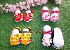 Sepatu mika bola dan bunga pjg sol 10,5cm idr 28rb