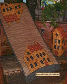 Primitive table runner -  put pieced barn on ends
