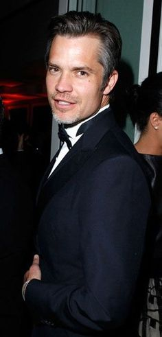"""He was the hottest drug dealer ever in """"Go,"""" and now he's owning tv with """"Justified."""" (Timothy Olyphant)"""