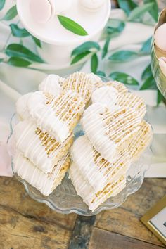 wedding cake, cakes stand, and wedding cake pops dessert table with dreamy silk table runners for pretty rustic wedding ideas Rustic Wedding Desserts, Wedding Snacks, Bridal Shower Desserts, Bridal Shower Rustic, Wedding Ideas, Wedding Rustic, Table Wedding, Farm Wedding, Wedding Couples