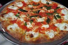 Thin crust pizza at it's best - Grimaldi's Brooklyn