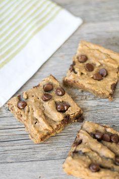 Gluten Free Chocolate Chip Blondies - Hello to Fit