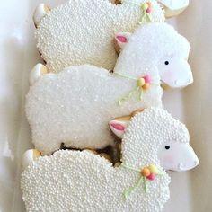 Fancy Cookies, Iced Cookies, Cute Cookies, Easter Cookies, Royal Icing Cookies, Cookies Et Biscuits, Sugar Cookies, Gourmet Cookies, Sweet Cookies