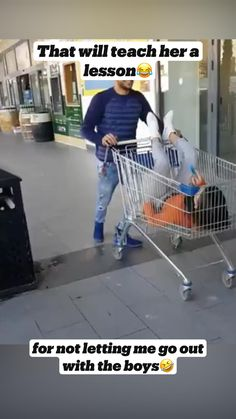 Funny Videos Clean, Funny Prank Videos, Good Pranks, Crazy Funny Videos, Crazy Funny Memes, Funny Pranks, Stupid Funny, Wtf Funny, Very Funny Photos