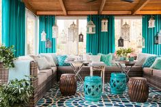 Design of Screened In Patio Decorating Ideas Screened In Porch Decorating Ideas For All Seasons - Patios are a fantastic location to invest your summertime Screened Porch Decorating, Screened In Patio, Front Porch, Porch Furniture, Outdoor Furniture Sets, Furniture Ideas, Deco Turquoise, Turquoise Room, Bohemian Porch