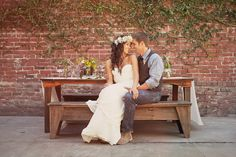 California Hippie Chic Inspiration - Photography: Tinywater Photography / Style + Design: Enjoy Events Co. / Flowers: Twigss / Dress: Sarah Seven / Venue: Foreign Cinema / Hair and makeup: Rona Basa of Luxe Image Boho Hippie, Hippie Chic Weddings, Hippie Elegante, Boho Deco, Hippy Chic, Estilo Boho, Costume, Wedding Photography Poses, Hippie Dresses