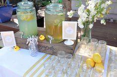 Veraniegas mesas de bebidas para bodas. Lovely summer drink tables