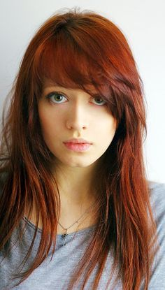 I'm convinced I'd hate having bangs, otherwise my hair would basically be like this