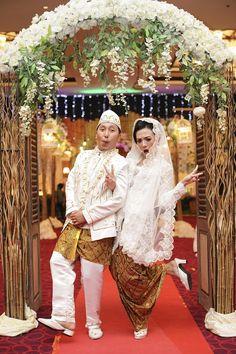 English garden inspired wedding romance angie suma pernikahan vintage rustic di balikpapan asakad5 junglespirit Images