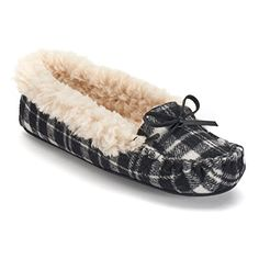 Dearfoams Women's Moccasin Slippers - http://bigboutique.tk/product/dearfoams-womens-moccasin-slippers/