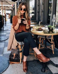 Casual fashion outfits ideas for fall winter outfits Fall Outfits 2018, Mode Outfits, Fall Winter Outfits, Fashion Outfits, Winter Weekend Outfit, Fashion Boots, Dress Winter, Fashion Ideas, Weekend Style