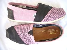 1 Corinthians 13 TOMS  I WANT THESE TOMS! ♥