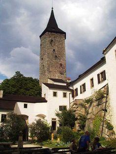 Česko, Roštejn - Goticko-renesanční hrad