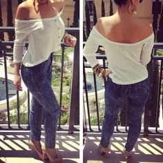 high-waist jeans and loose crop top. Cute!