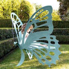 Butterfly Garden Bench - for my dream garden Unique Furniture, Garden Furniture, Outdoor Furniture, Furniture Design, Wicker Furniture, Cheap Furniture, Discount Furniture, Furniture Outlet, Furniture Stores