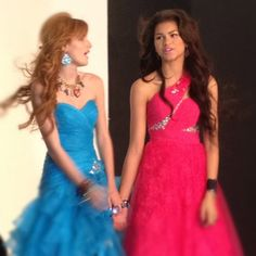 Zendaya Wonders What Her And Bella Thorne Were Thinking About During Their Seventeen Shoot