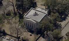 The Old Medical College was built in 1835 to serve as home of the Medical College of Georgia.  The building is a national historic landmark.  http://www.nps.gov/nr/travel/Augusta/oldmedicalcollega.html All aerial photographs derived from oblique orthophotography by Pictometery International.  www.pictometry.com