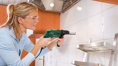 El maletín de herramientas que toda mujer debe tener en casa http://www.entrebellas.com/maletin-herramientas-toda-mujer-casa/