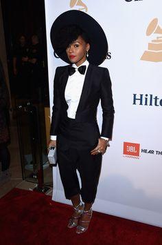 Le superbe smoking et nœud papillon de Janelle Monae au Gala Pre-Grammy.