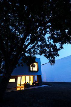 The House with Coloured Lights, Timisoara, Romania - http://www.interiordesign2014.com/home-design-ideas/the-house-with-coloured-lights-timisoara-romania/