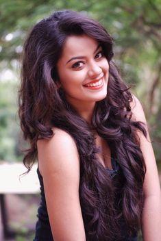 Nidhi Jha HD Wallpaper, Nidhi Jha Hot HD Wallpaper, Nidhi Jha Bhojpuri Actress HD Wallpaper, Nidhi Jha Bhojpuri Actress Hot HD Wa...