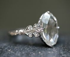The only way I'll put a diamond on my finger. Vintage. Gorg!!!