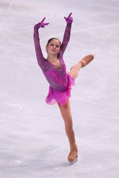 pictures of ice skaters   Figure Skating Costume Minute--Trophee Eric Bompard 2012--The Ladies!