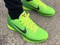 Basketball Shoes Kobe, Kobe Shoes, Kobe 6 Grinch, Grinch 2, Feet Images, Exclusive Sneakers, Shoe Game, Shoe Collection, Nike Free