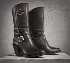 Wear your dedication on the road with these Pink Label boots. A portion of every sale is donated to organizations that support breast cancer patients and their families. | Harley-Davidson #PinkLabel Maddison Performance Boots