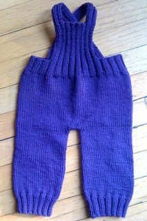 Ravelry: Hope Street Overalls pattern by Treecozy Sheila Baby Boy Knitting, Knitting For Kids, Baby Knits, Crochet Baby Pants, Knit Or Crochet, Baby Leggings Pattern, Baby Dungarees, Kids Patterns, Knitting Patterns Free