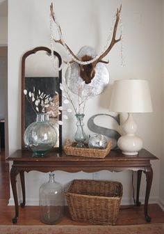 This pin is about making those cute branches - but I just love the styling of this entryway