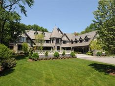 Battle Connecticut: Can a Greenwich estate trump the $35 million Leona Helmsley mansion at half the price? Description from nydailynews.com. I searched for this on bing.com/images