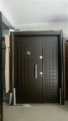 9 Idees De Porte Blinde Porte Appartement Porte Blindee Porte De Chambre