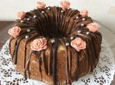Vironperän juhlakakku | Reseptit | Kinuskikissa | Reseptit Baking Recipes, Cake Recipes, Decadent Cakes, Beautiful Cakes, Yummy Cakes, Chocolate Cake, Sweet Recipes, Waffles, Sweet Treats