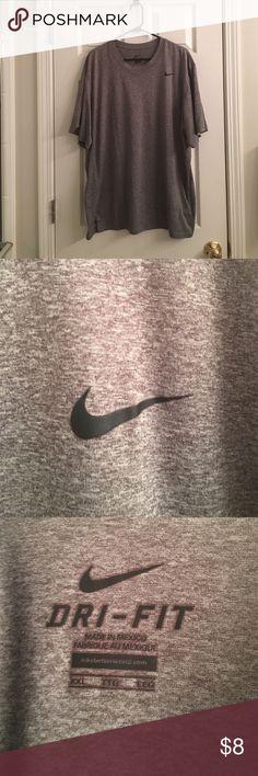 Men's Gray Dri-Fit Tee worn twice Nike Shirts Tees - Short Sleeve