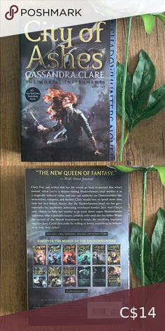 Book 📚 City of Ashes by Cassandra Clare Young adult novel the mortal instruments Book 2 Book Other Mortal Instruments Books, City Of Ashes, Book City, Sailor Moon Manga, Clary Fray, Beauty Book, Parenting Books, Cassandra Clare, Novels