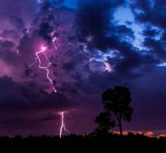 Gorgeous lightning strike