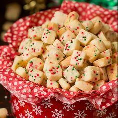 The holidays can be a very busy time of year for most of us, but it just doesn't feel like Christmas without the cookies! I have put together 25 Christmas Cookies and Candies You Can Make Ahead and Freeze! Now is the time to get in the kitchen and bake up some amazing, festive goodies [...]