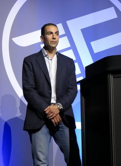 CoverHound's New Car Insurance Twitter Estimates Demoed Live At Finovate Fall 2013 | CoverHound