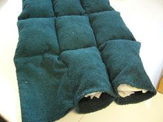 LOVE this idea!! Dog Beds tutorial from scraps!  -  caledonia quilter