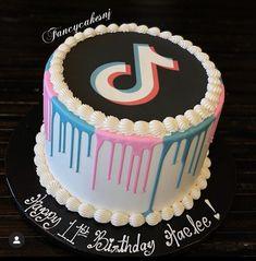 13th Birthday Cake For Girls, 12th Birthday Party Ideas, Unique Birthday Cakes, 14th Birthday, Teen Birthday, Teen Cakes, Baby Cakes, Bithday Cake, Chocolate Cake Pops