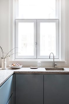 Old Project, Fresh New Update - Avenue Lifestyle Avenue Lifestyle Boho Kitchen, Kitchen Styling, New Kitchen, Kitchen Interior, Kitchen Dining, Kitchen Decor, Luxury Kitchens, Home Kitchens, Kitchen Worktop