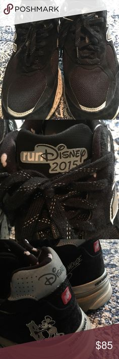 runDisney New Balance shoes Black and white Steamboat Mickey runDisney 2015 New Balance shoes. Suede and mesh fabric. Cute music note detail at sole and Mickey heads at liner. My husband wore a handful of times. New Balance Shoes Sneakers