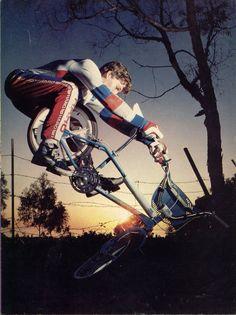 Ron Wilkerson BMX Haro freestyle factory rider. Classic Miami Hopper trick!