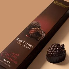 The Raspberries & Cream is a pure, smooth raspberry cream and tart raspberry juice, covered in dark chocolate.