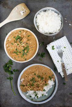 Chicken Tikka Massala. Een kruidig Indiaas gerecht met rijst en super malse kip. Tip: maak dit gerecht met de slowcooker, dan is het nog lekkerder. Chicken Tikka Masala, Garam Masala, A Food, Curry, Spices, Tasty, Favorite Recipes, Healthy Recipes, Dinner
